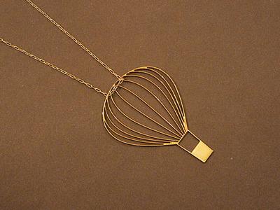 Hot air ballon necklace