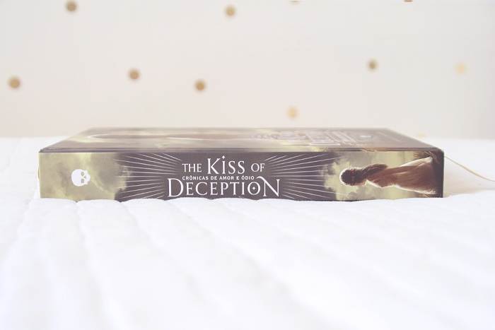 Resenha: The Kiss of Deception